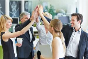 Abschluss des Verkaufs eines Dienstleistungsunternehmens nach erfolgreicher Firmenbewertung